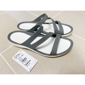 Crocs Swiftwater Sandals - 10 - NWT
